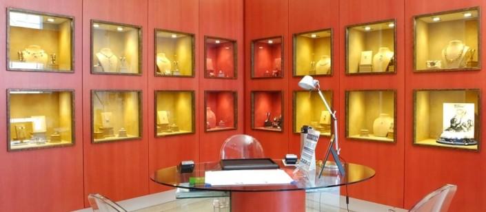 Showroom Gioielleria PinoManna Modena - gioielli artigianali pinomanna